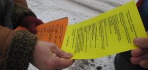 Flyer auf dem Hamburger Weihnachtsmarkt
