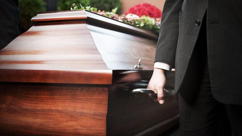 Sarg zur Beerdigung